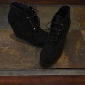 Black Wedge Boots